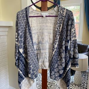 Knox Rose flowy navy and cream knit cardigan